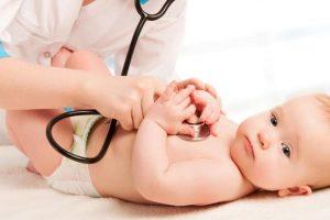 عوامل تؤدي لوجود ثقب في القلب عند حديثي الولادة و أنواعه و طرق علاجه