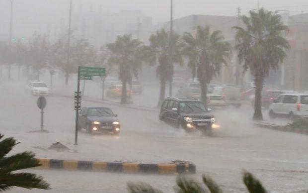 تحذير هام من الأرصاد الجوية بشأن سقوط أمطار غزيرة على تلك المناطق من الغد وحتى نهاية الأسبوع «فيديو»
