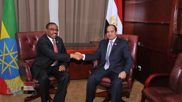 """قُبيل اجتماع «السيسي» ورئيس وزراء إثيوبيا.. خبير مائي: سد النهضة خسائر """"فادحة"""" لمصر"""