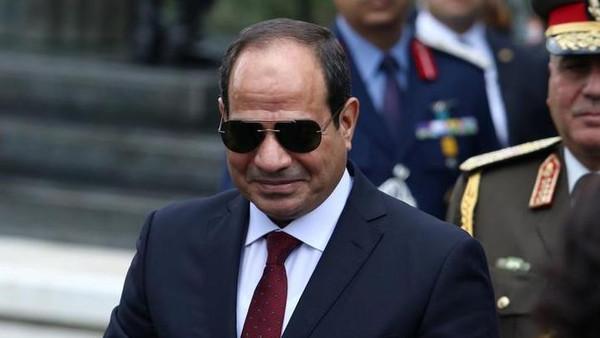 """بالفيديو.. السيسي يوجه رسالة لـ المصريين: """"إطمئنوا.. مفيش مشاكل"""""""