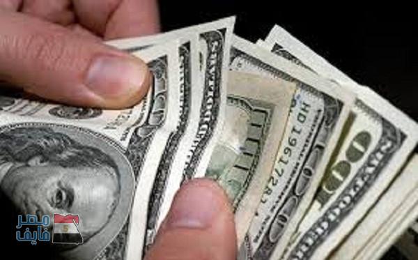 ارتفاع جديد في أسعار بيع وشراء الدولار الأمريكي على حساب الجنيه المصري بالسوق السوداء وعدد من البنوك