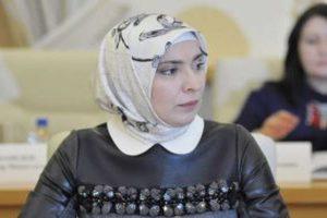 أول مرشحة مسلمة تتقدم بأوراقها لخوض للانتخابات الرئاسية المقبلة في روسيا