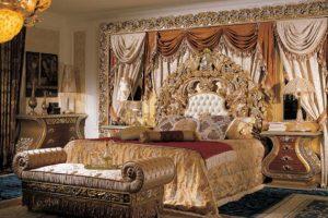 فيديو: ظهور غرفة نوم الملك فاروق في مزاد علني للبيع بموقع أمريكي بعد سرقتها عام 2013