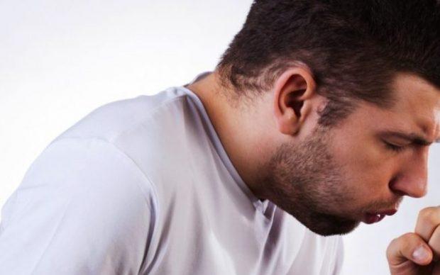 10 علاجات منزلية فعّالة للسعال الجاف