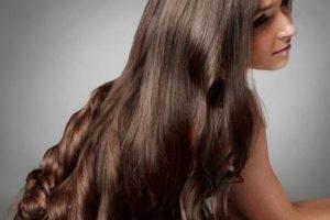 تعرفي على أهم النصائح والطرق التي تساعدك على نمو شعرك وزيادة كثافته بالبيت