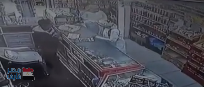 شاهد بالفيديو شجاعة مصريان تفشل محاولة سطو مسلح في السعودية