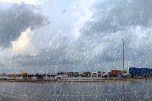 """""""الأرصاد"""": أمطار غزيرة وموجة من الصقيع تضرب معظم أنحاء البلاد.. وذروة الموجة يومي الخميس والجمعة ودرجات الحرارة فيهما"""