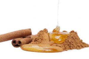 5 فوائد سحرية في القرفة والعسل لن تتخيلها ولم تكن تعرفها من قبل!