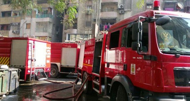 """عاجل- حريق هائل في """"منطقة الإهرامات"""".. الدفاع المدني يدفع بـ 16 سيارة إطفاء"""
