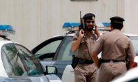 """شاهد.. مصريين بالسعودية يلقوا القبض على """"لص"""" حاول خطف طفل وسرقة سيارة"""