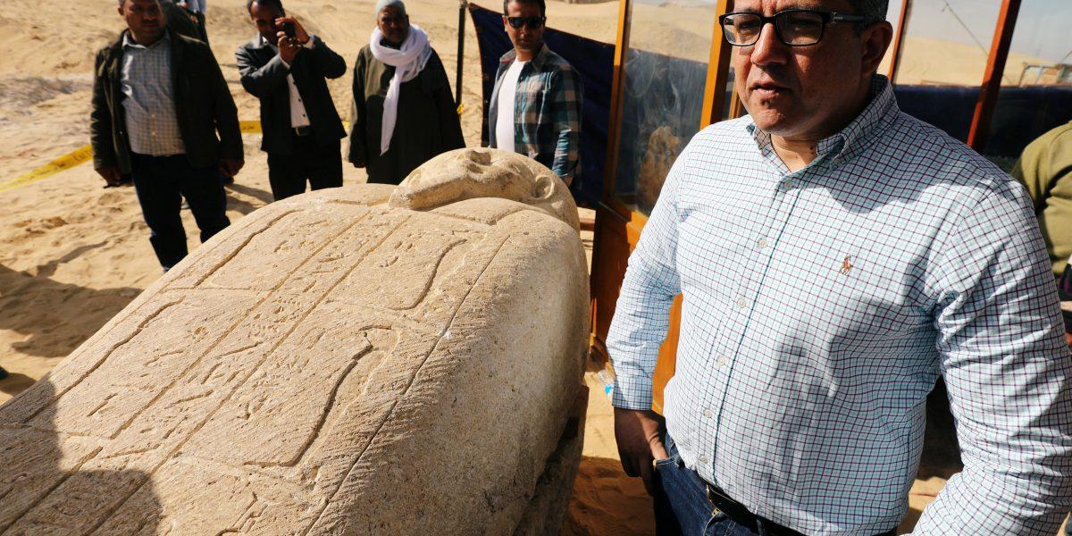 اكتشافات أثرية جديده في مصر بها كنوز ومقابر تاريخية قديمة