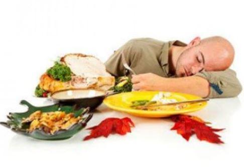احترس قبل النوم من تناول 4 أطعمة