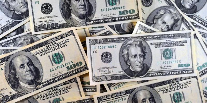 إرتفاع سعر الدولار اليوم الإثنين 19-2-2018 بالبنوك.. العملة الأمريكية تسجل 17.66 جنيها للشراء