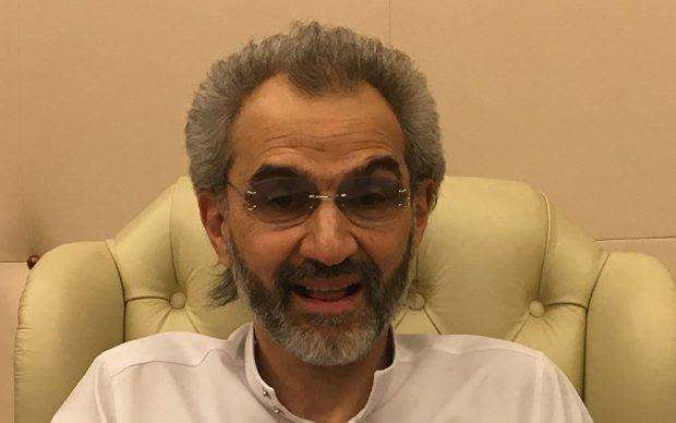 شاهد| ظهور جديد للوليد بن طلال مع أحد المشاهير