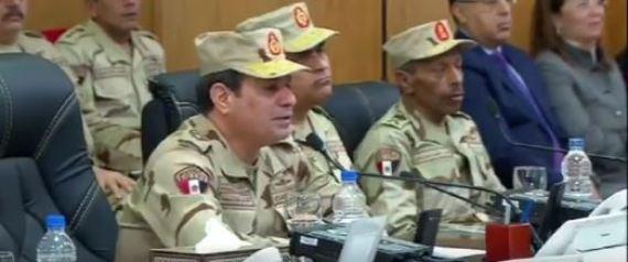 أسباب ظهور الرئيس السيسي بالزي العسكري.. ورسائله عند افتتاحه لمركز قيادة شرق القناة
