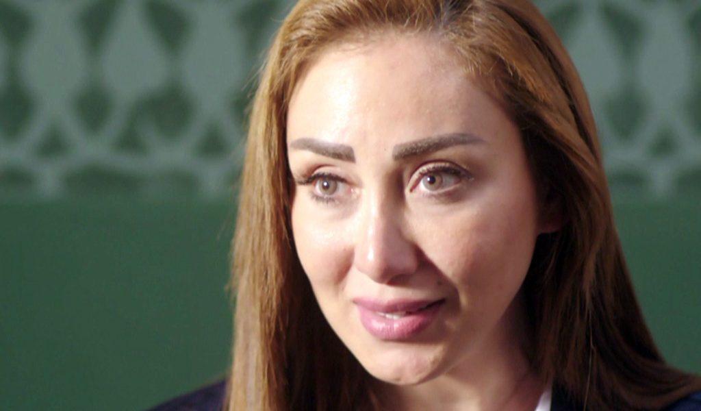 كواليس الليلة الأولى للإعلامية ريهام سعيد في حجز قسم السلام و سر الحوار الغامض مع معدة برنامجها داخل الحجز