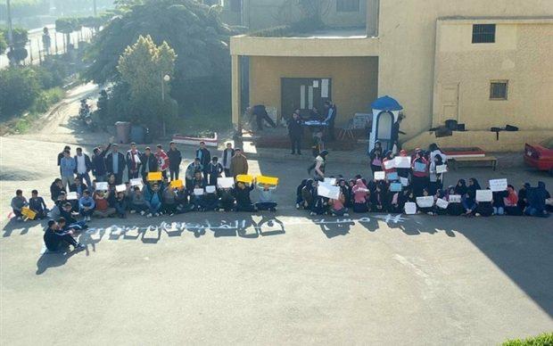 إضراب طلبة مدارس المتفوقين وتهديدات من أولياء الأمور