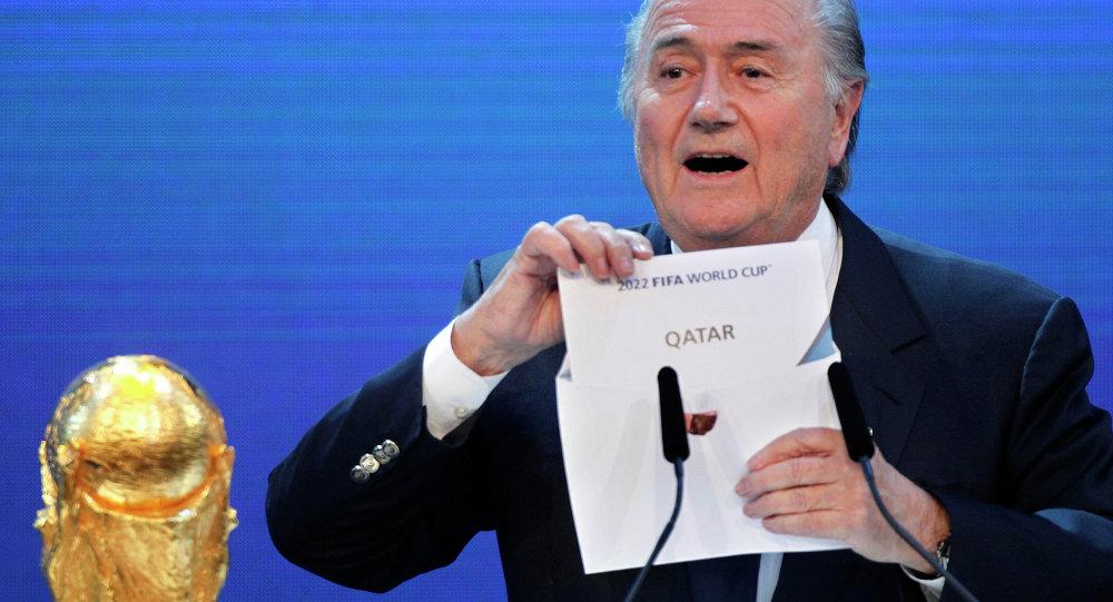 مجلة عالمية تؤكد سحب تنظيم مونديال 2022 من قطر.. والهاشتاج يحتل تويتر في دقائق