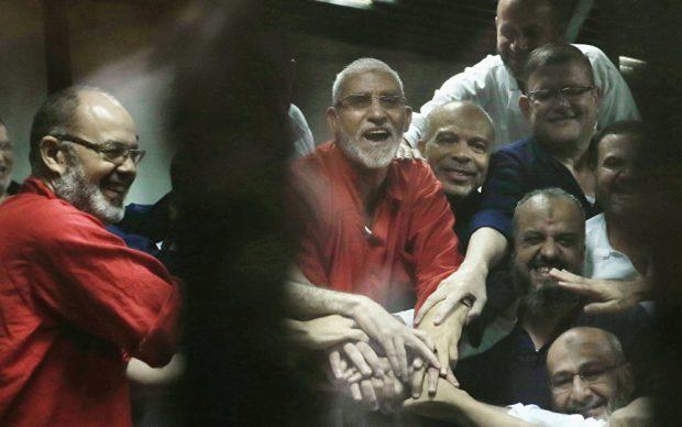 """عاجل.. محكمة الجنايات تصدر أحكام عاجلة بشأن """"قيادات الإخوان"""" منذ قليل"""