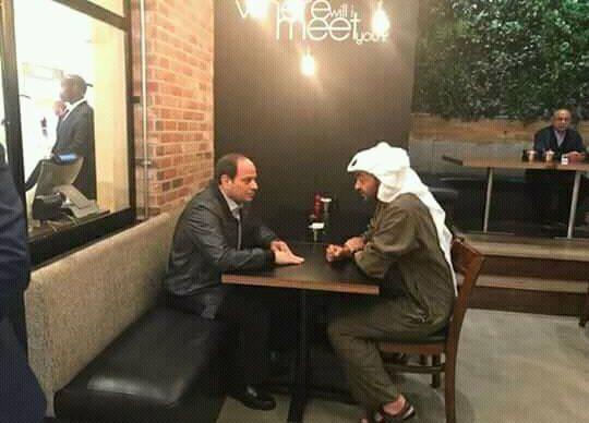 """مصطفى بكري يعلق على تناول السيسي و""""بن زايد"""" العشاء بأحد مطاعم أبوظبي"""
