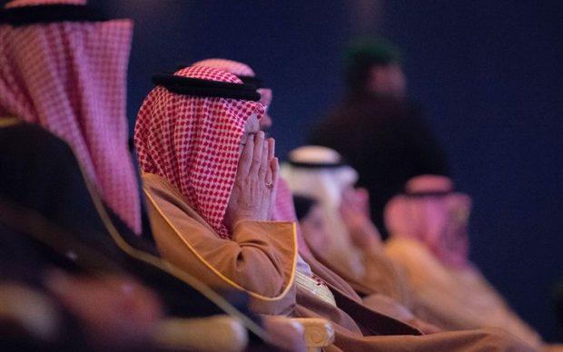 """شاهد بالصور.. سر بكاء الملك سلمان بن عبد العزيز أثناء افتتاح مهرجان """"الجنادرية"""""""