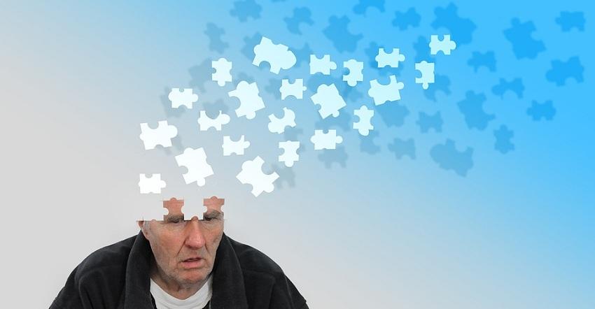 مرض الزهايمر أصبح مرض معدي! ومن أهم أسبابه الآتي
