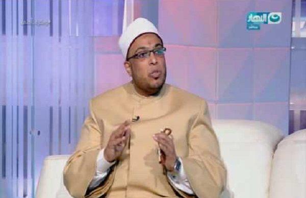 الشيخ محمد أبو بكر يفسر حكم الدين في إرتداء الحجاب على البنطلون