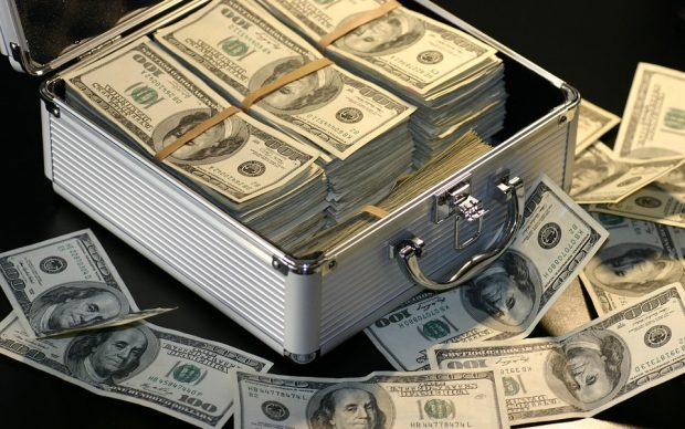 سعر الدولار الأمريكي الآن عقب إعلان البنك المركزي عن ارتفاع الودائع بالبنوك