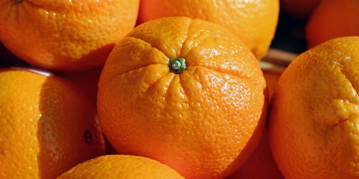 5 طرق لمعرفة ثمرة البرتقال الجيدة عند الشراء