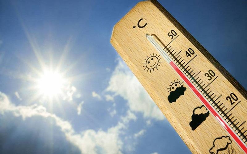الخبراء ينصحون بعدم تخفيف الملابس مع ارتفاع درجات الحرارة