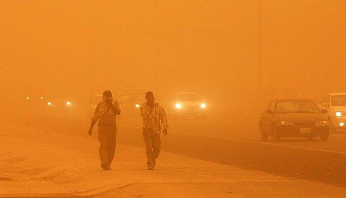 خريطة التقلبات الجوية: «عاصفة ترابية بـ3 محافظات وسيول بالصعيد وأمطار بالقاهرة »