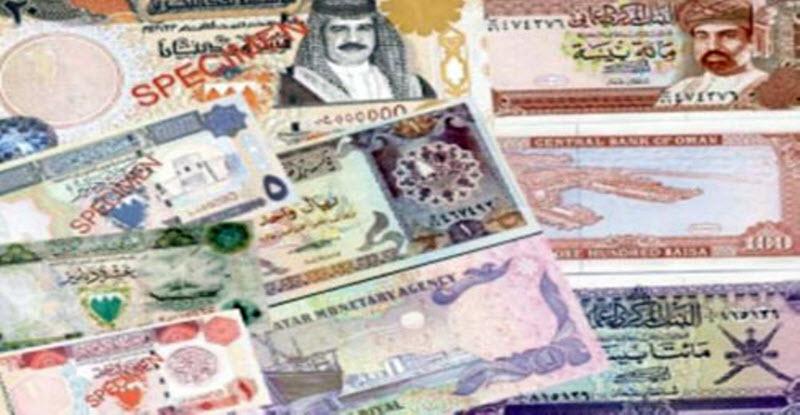 المقيمون بالكويت ينفقون أقل من ثلث دخلهم ويحولون الباقي إلى بلادهم