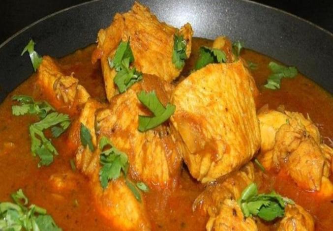 بالفيديو| طريقة عمل كاري الدجاج الهندي