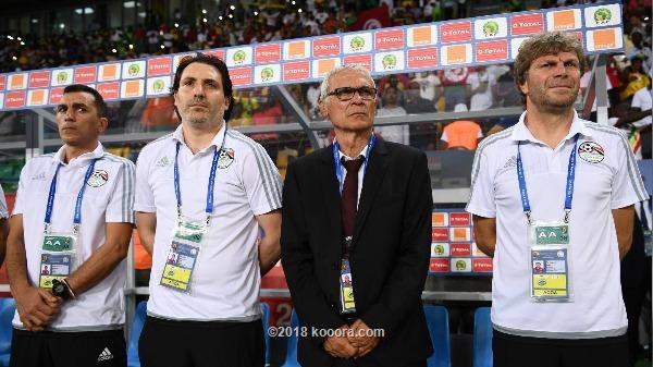 بعد تألقه في مباراة مونانا.. مهاجم الأهلي يدخل في حسابات «هيكتور كوبر»