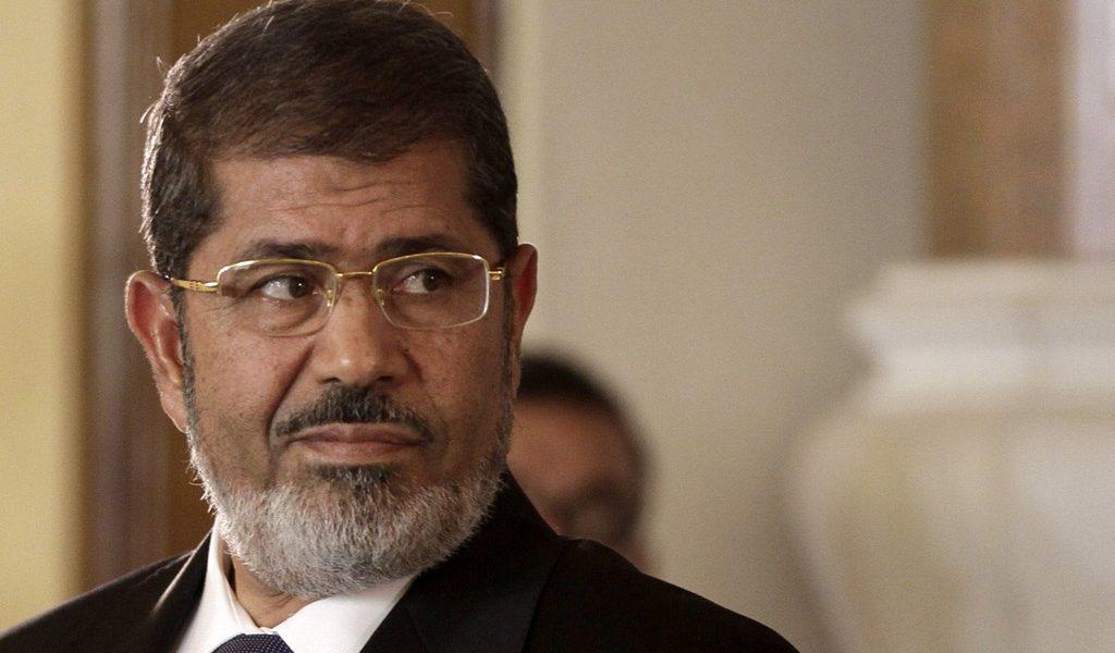 حكم عاجل من محكمة جنايات القاهرة بشأن مستشار «مرسي» الاقتصادي وآخرين