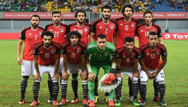 ليستر سيتى الإنجليزي وشالكه الألماني يفاوضان نجم منتخب مصر
