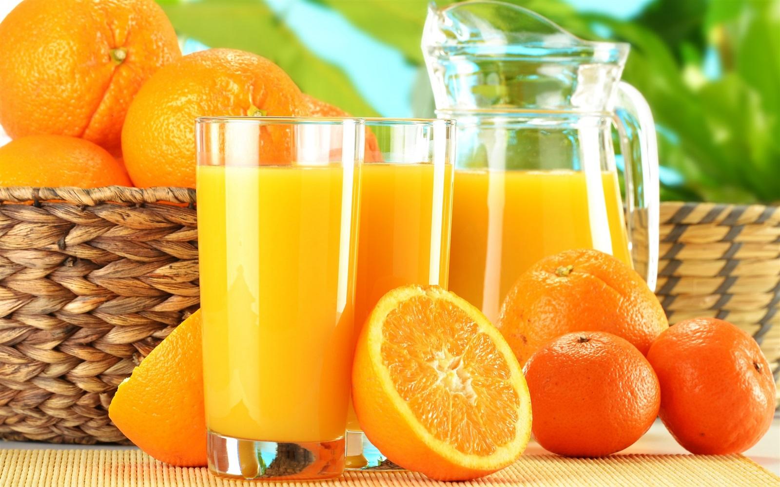 مشروب الليمون والبرتقال والجريب فروت