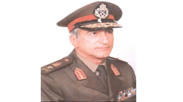 10 معلومات عن الفريق صفي الدين أبو شناف الذي تقدم الرئيس جنازته اليوم