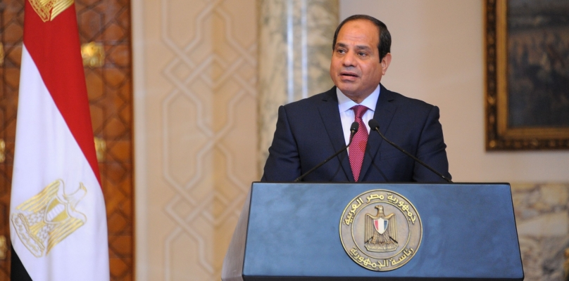 قرار جمهوري من الرئيس السيسي بإعفاء محافظ من منصبه.. والمصادر تكشف التفاصيل