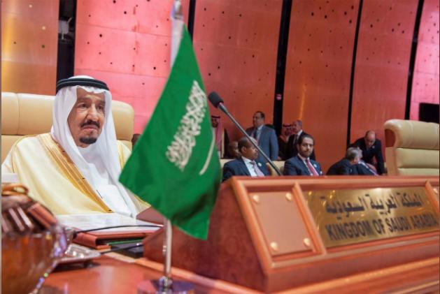 الزعماء العرب يطالبون بالتحقيق في هجمات كيماوية سورية ويدينون إيران