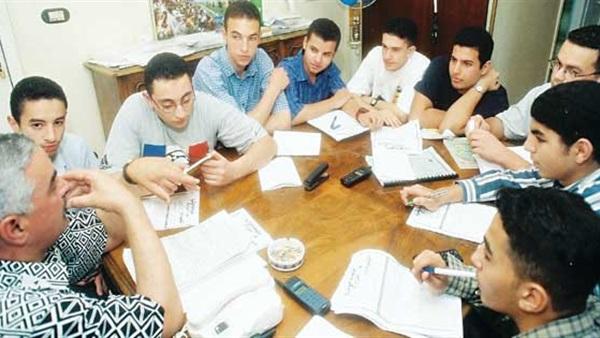 التعليم تدرس خطة للقضاء نهائيًا على ظاهرة الدروس الخصوصية في مصر