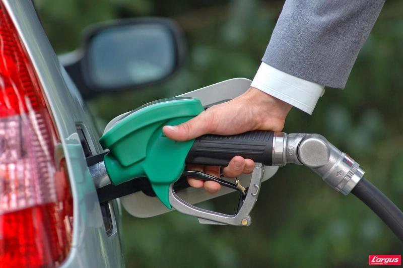 محللون يتوقعون رفع أسعار الوقود بداية من شهر يوليو القادم 2018 وتلك المنتجات هي الأكثر تأثرا