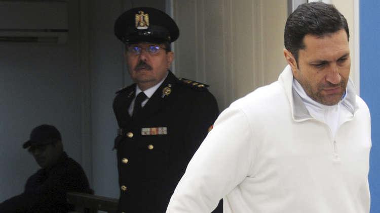 """بعد لحظات من حكم المحكمة.. علاء مبارك: """"اللهم لك الحمد والشكر"""""""