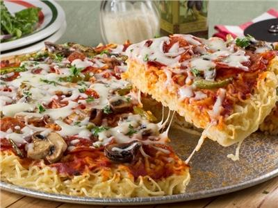 بالصور طريقة عمل بيتزا المكرونة اللذيذة 2