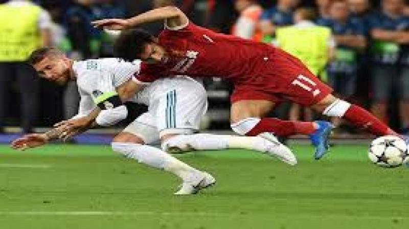 """على طريقة """"اللي تغلب به العب به"""" محمد صلاح لم يكن اول لاعب في تاريخ راموس العنيف"""