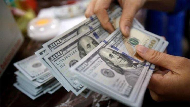 ارتفاع سعر الدولار خلال تعاملات اليوم فى البنوك ويقترب من 18 جنيه