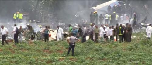 عاجل.. تحطم طائرة مقاتلة منذ قليل.. ووزارة الدفاع تكشف التفاصيل وعدد الضحايا حتى الآن