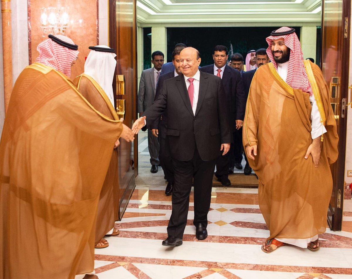 بالصور| شاهد الظهور الأول لولي العهد السعودي بعد شائعة وفاته 1
