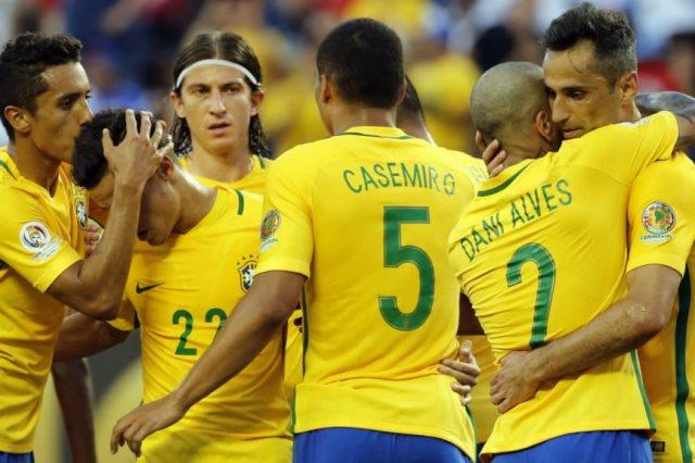 """صدمة جديدة.. """"نجم البرازيل"""" يتعرض لـ قطع في الرباط الصليبي ويغيب عن المونديال !!"""