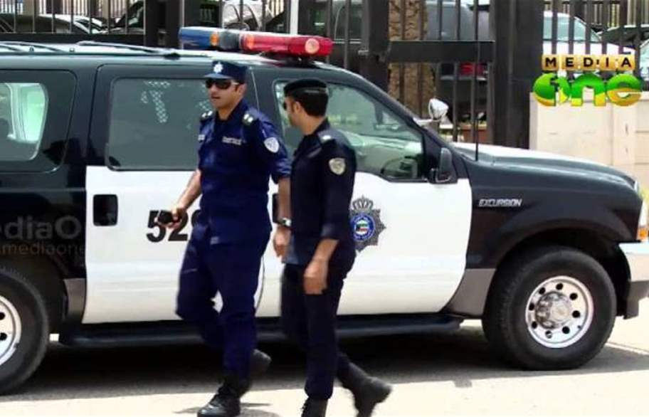ثلاث مصريين يقتلون وافدا مصريا في الكويت والشرطة تقبض على المتهمين والتحقيقات تكشف التفاصيل